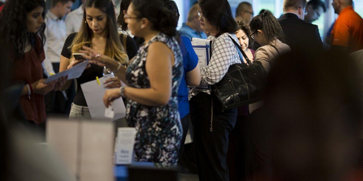En Abril aumento el desempleo