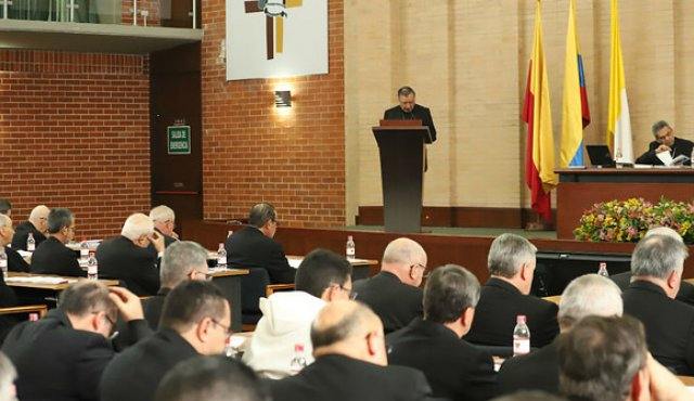 Se esta desarrollando la  CVII Asamblea Plenaria con los Obispos del país