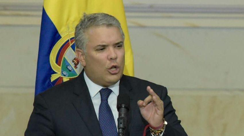 EDITORIAL : ¿SABE USTED CUANTO GANA EL PRESIDENTE DE LA REPÚBLICA DE COLOMBIA.