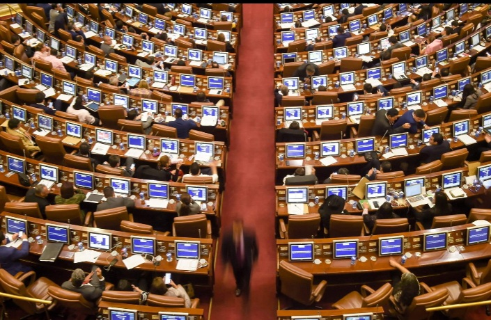 Partidos políticos destacan el retiro de la reforma tributaria