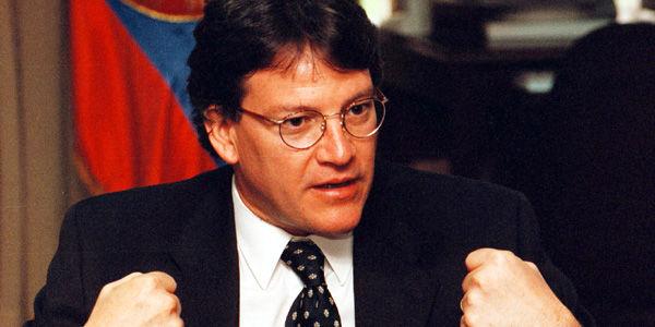 Gustavo Bell nuevo jefe negociador del gobierno con el ELN